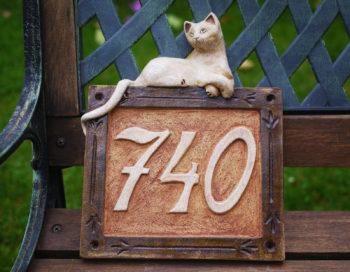 keramické domovní číslo mrazuvzdor znamení kočka 1 lucie polanská