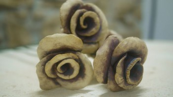 Dekorace, keramická růže, drátek