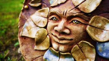 keramická plastika pán lesa domovní znamení mrazuvzdor lucie polanská nikilu 1