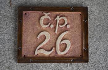 keramické domovní číslo mrazuvzdor lucie polanská 1