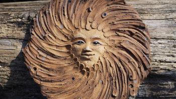 keramické domovní znamení slunce mrazuvzdor únor lucie polanská 2