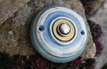 zvonkové tlačítko keramika mosaz mrazuvzdor klasik lena patina lucie polanská 1